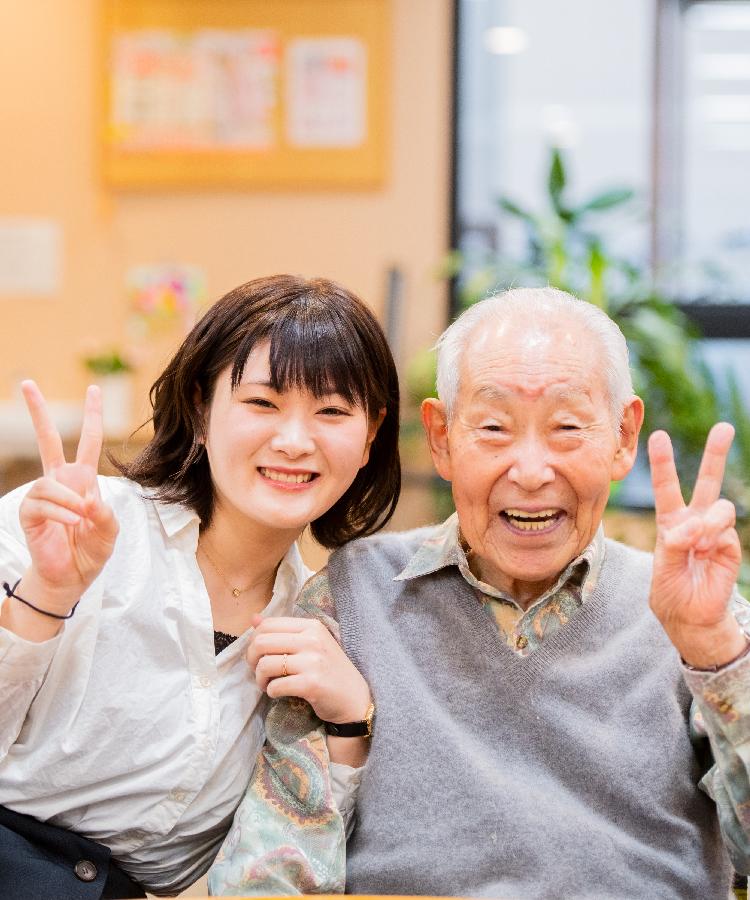おじいちゃん・おばあちゃんと毎週会える!高齢者サロン